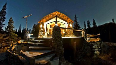 Snowboarder Builds the Perfect Off-Grid Tiny Cabin (Video)
