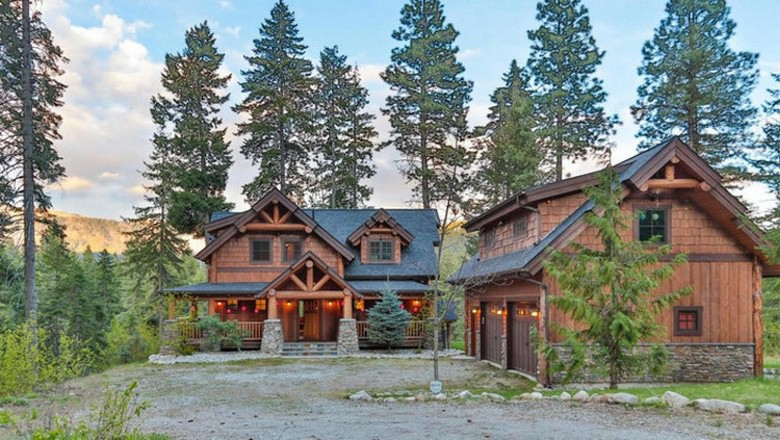 River Retreat Is Our New Favorite Rustic Dream Home (1)