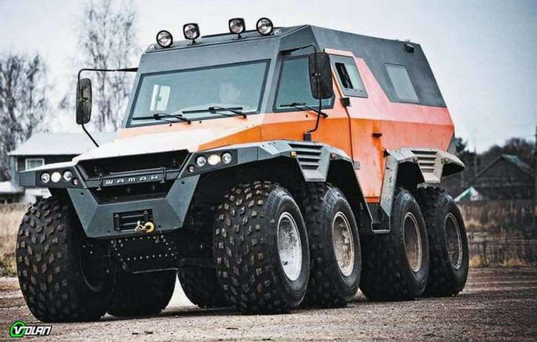 Suburban Men Afternoon Drive: Ultimate Zombie Apocalypse Vehicles (1)