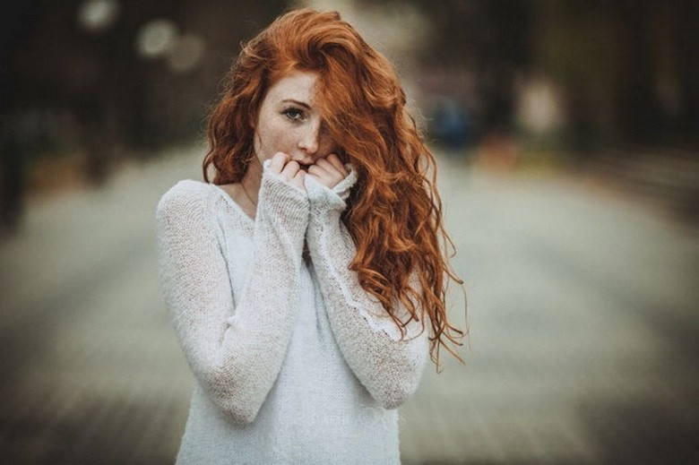 Gorgeous Redheads Will Brighten Your Week (1)