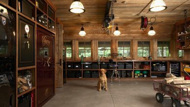 Photo of The Highcroft Hunting Barn is Your Dream Man Cave (8 Photos)