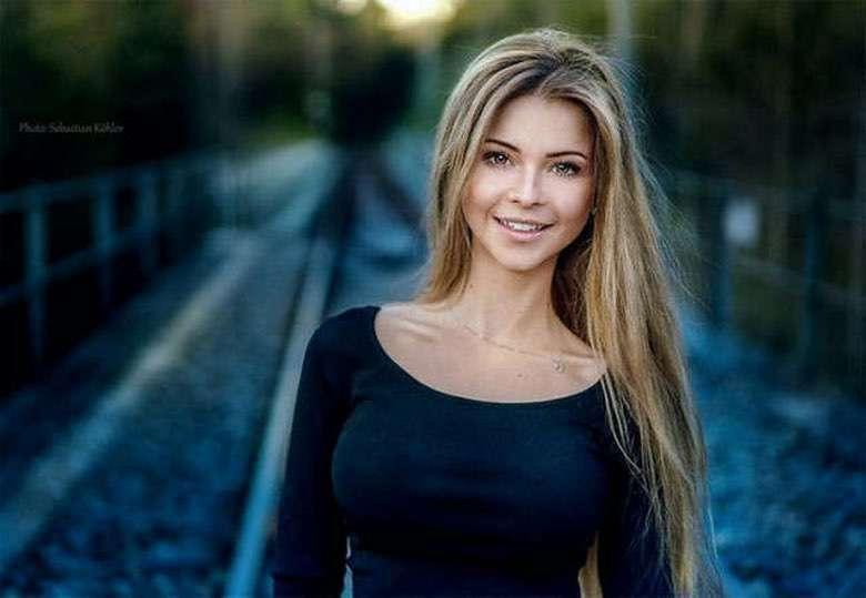 Our 44 Favorite Beautiful Women This Week (1)