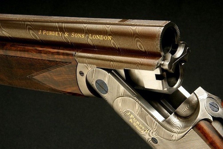 Suburban Men 19 Engraved Shotguns Too Beautiful To Shoot (1)