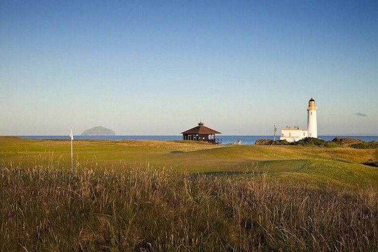 Ten Golf Courses with Stunning Views (1)
