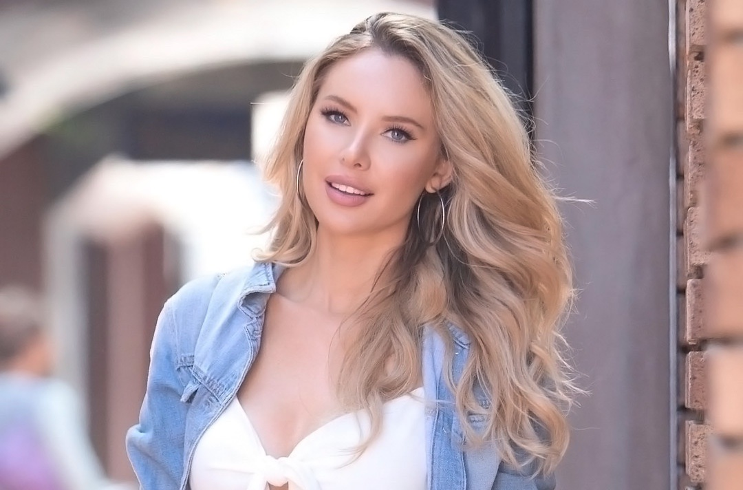 Instagram Crush: Tiffany Toth (1)