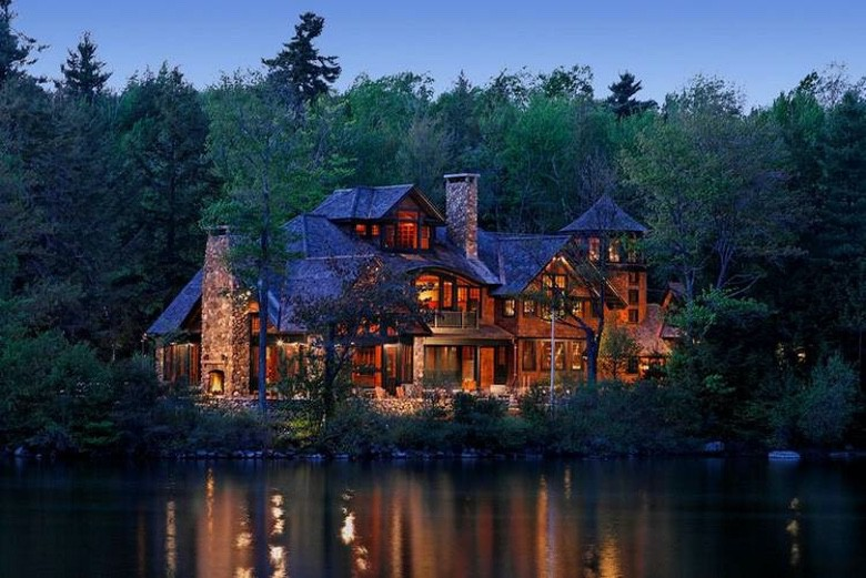 Suburban Men We Love Luxury Rustic Dream Homes (1)