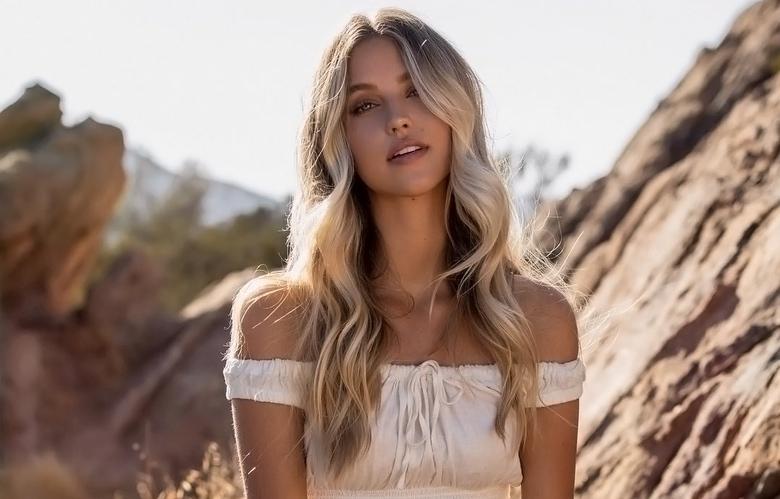 Instagram Crush: Kaitlynn Bell