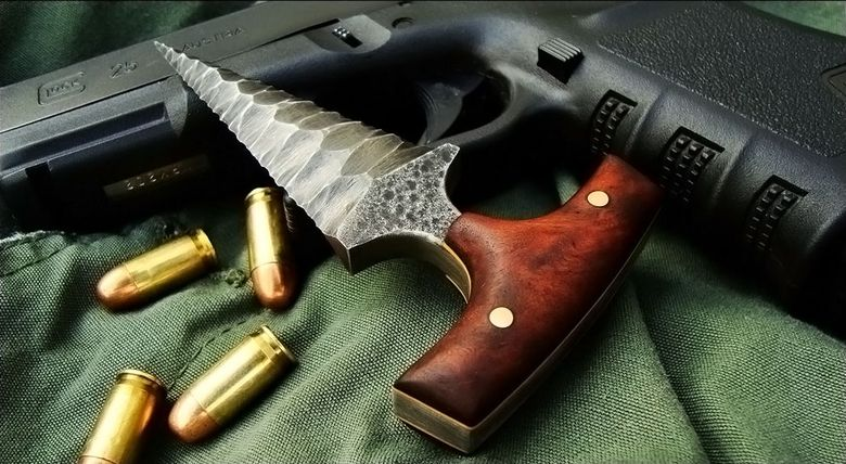 Suburban Men We Love the Craftsmanship in These Custom Knives